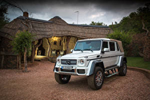 Картинки Mercedes-Benz Тюнинг Белый 2017 Maybach G 650 Landaulet Worldwide Автомобили