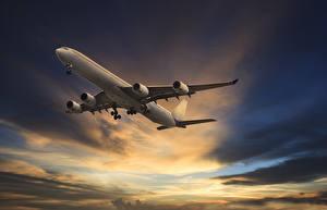 Обои Самолеты Пассажирские Самолеты Небо Вечер Летящий Облака