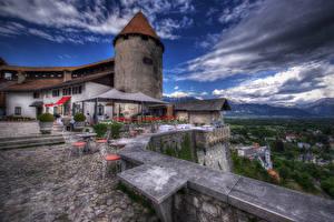Картинка Словения Дома HDR Облака Стулья Bled