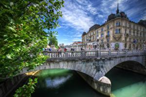 Обои Словения Дома Речка Мосты Любляна Забор