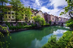 Обои Словения Дома Речка Любляна Водный канал Города