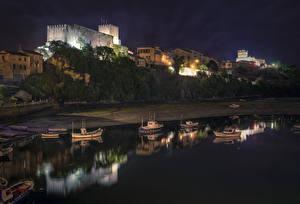 Обои Испания Здания Побережье Лодки Ночь San Vicente de la Barquera Cantabria Города