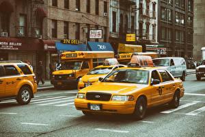 Картинка Такси - Автомобили США Улица Нью-Йорк Манхэттен Машины
