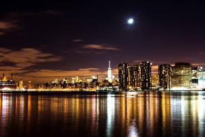 Фотография США Здания Нью-Йорк Ночные Луны Бухты Города