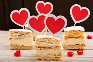 Обои День святого Валентина Сладости Пирожное Сердце Еда фото