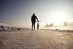 Обои Зима Велосипед Снег Природа фото