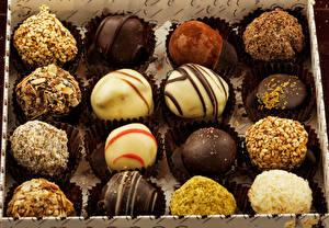 Обои Конфеты Шоколад Крупным планом Продукты питания