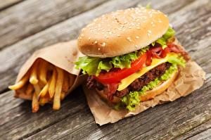 Обои Быстрое питание Гамбургер Картофель фри Булочки Доски