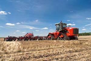 Фотография Поля Небо Трактор 2013-17 Versatile 550DT