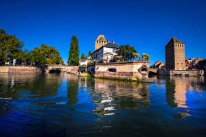 Картинка Франция Здания Речка Мосты Страсбург