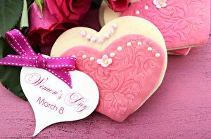 Фото Праздники Международный женский день Печенье Английский Бантик Дизайн Сердечко Еда