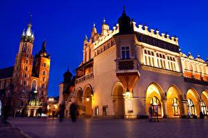 Фото Краков Польша Дома Храм Вечер Улица Уличные фонари город