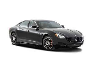 Фото Maserati Черный Белый фон 2014 Quattroporte GTS Автомобили