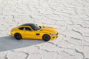 Картинки Мерседес бенц Желтый 2014-17 AMG GT S Worldwide Автомобили