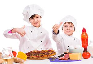 Фото Пицца Пальцы Белый фон Мальчики Двое Повар Дети