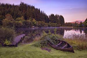Фотографии Шотландия Парки Озеро Лодки Пирсы Леса Вечер Траве Loch Ard Trossachs National Park Природа