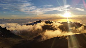 Фотографии Штаты Парки Горы Небо Солнце Облака Haleakala National Park Природа