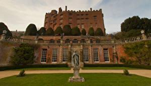 Обои Великобритания Замки Скульптуры Газон Деревья Powis Castle Wales Города