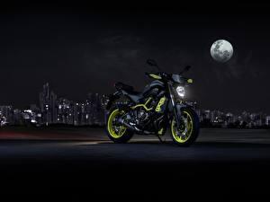 Картинка Yamaha Ночь Луна 2017 MT-07 Moto Cage Мотоциклы