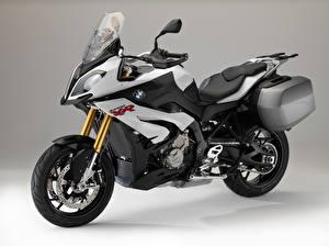 Фотографии BMW - Мотоциклы Цветной фон 2015-16 S 1000 XR