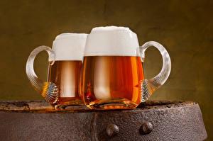 Картинка Пиво Кружка Вдвоем Пена Продукты питания