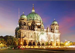 Фотография Берлин Германия Храмы Вечер Собор Дизайн Уличные фонари Города