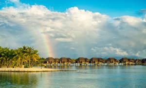 Картинки Бора-Бора Французская Полинезия Тропики Море Бунгало Пальмы Облака