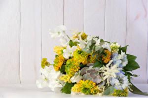 Фотографии Букеты Душистый горошек Доски Цветы