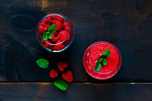 Картинка Напиток Сок Малина Доски Стакан Листья Продукты питания
