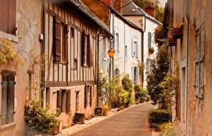Фото Франция Дома Улица Уличные фонари Beaugency Города