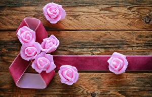 Обои Праздники 8 марта Розы Доски Розовый Ленточка Цветы
