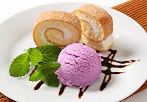Обои Мороженое Пирожное Сладости Кекс Тарелка Шар Листья Мята Продукты питания