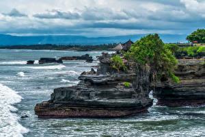 Фотография Индонезия Побережье Скала Bali Природа