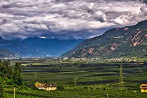 Фотография Италия Горы Поля Пейзаж Облака Bolzano Природа