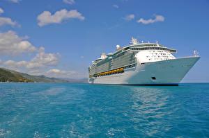 Картинки Море Корабли Круизный лайнер