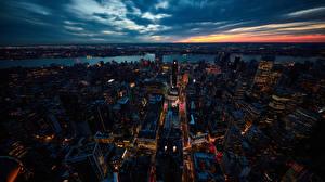 Фотография США Здания Ночные Нью-Йорк Сверху Города