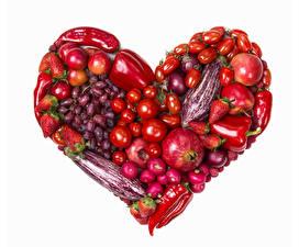 Обои Овощи Фрукты Перец Помидоры Виноград Гранат Яблоки Клубника Редис Белом фоне Сердечко Пища