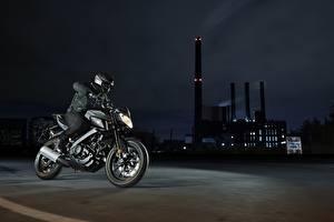 Картинка Yamaha Мотоциклист Шлем Ночные 2016-17 MT-125