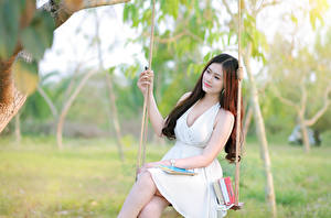 Фотография Азиаты Качели Платье Красивые Девушки
