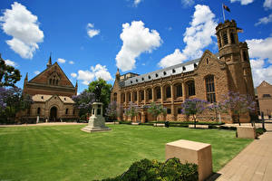 Фотография Австралия Дома Газон Облака Adelaide University