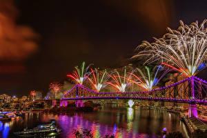 Картинка Брисбен Австралия Салют Реки Мосты Ночь Гирлянда Города
