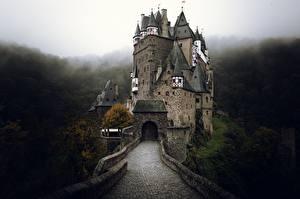 Картинки Замки Германия Eltz Castle Города