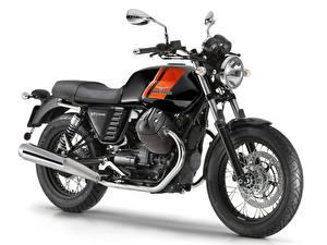 Фотография Крупным планом Белый фон 2014-16 Moto Guzzi V7 II Special Мотоциклы