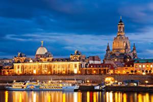 Обои Дрезден Германия Дома Реки Причалы Вечер Корабли