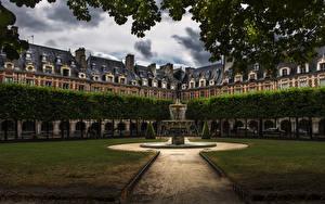 Картинки Франция Дома Парки Фонтаны Париж Газон Notre Dame Города