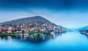 Картинки Германия Дома Реки Горы Причалы Побережье Heidelberg Города