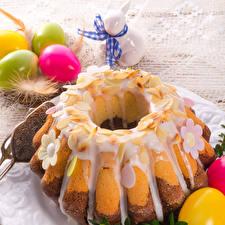 Фотографии Праздники Пасха Кролики Кекс