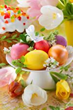 Обои Праздники Пасха Тюльпаны Яйца Игры Девушки Фэнтези картинки