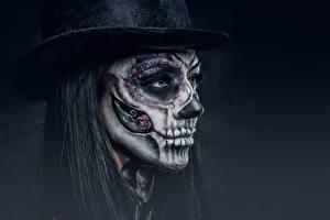 Фото Праздники Лицо Шляпа Макияж Черный фон day of the dead Девушки