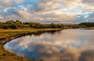 Фото Ирландия Побережье Небо Осень Облака Кусты Kings River Blessington Природа